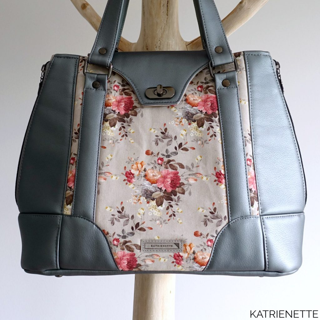 Katrienette Katrien Harriet Expandable Swoon Tote Bag Handtas Lady Like Elegant naaien aangepast patroon pattern hack adjusted enlarged large bigger faux leather vinyl big zelf kunstleer imitatie leer rits op rol riemklem tassel kwast floche rivetten tote bag schouderriem riem hengsel draaislot foam stylevil style-vil interfacing zipper by the yard